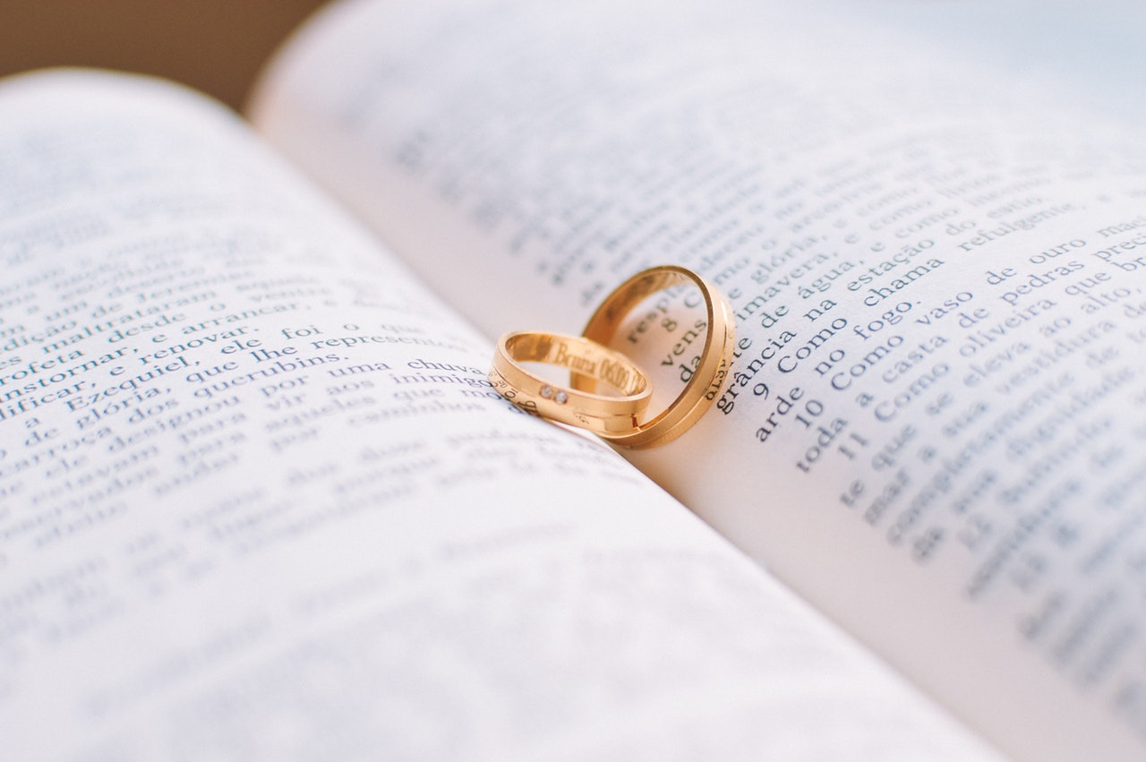 Sample Essays aboute Marriage